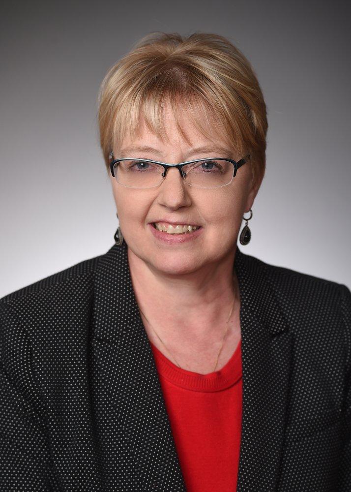 Linda  Groff